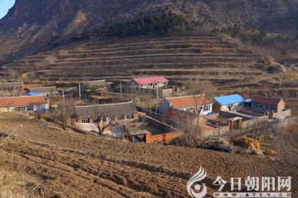 【今日朝阳网 摄影作品欣赏】白龙村的秀丽风光(米铁成)