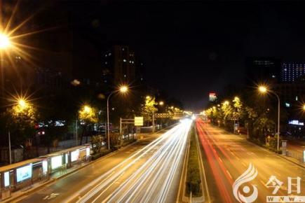 【今日朝阳网 摄影作品欣赏】熟悉而又陌生的城市(李兴兆)