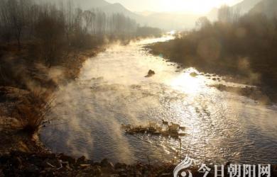 凌源佛爷洞乡冬景(米铁成)